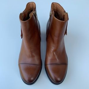Pikolinos Andorra brown leather booties